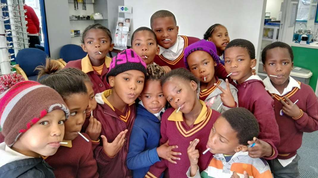 Kids Right to Good Sight - Children from Jubilee Park Primary School.